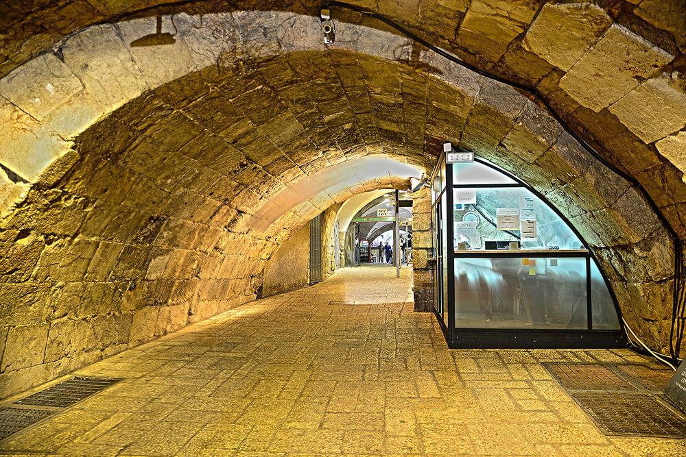 Jerusalem 2013 by Motti Shonak