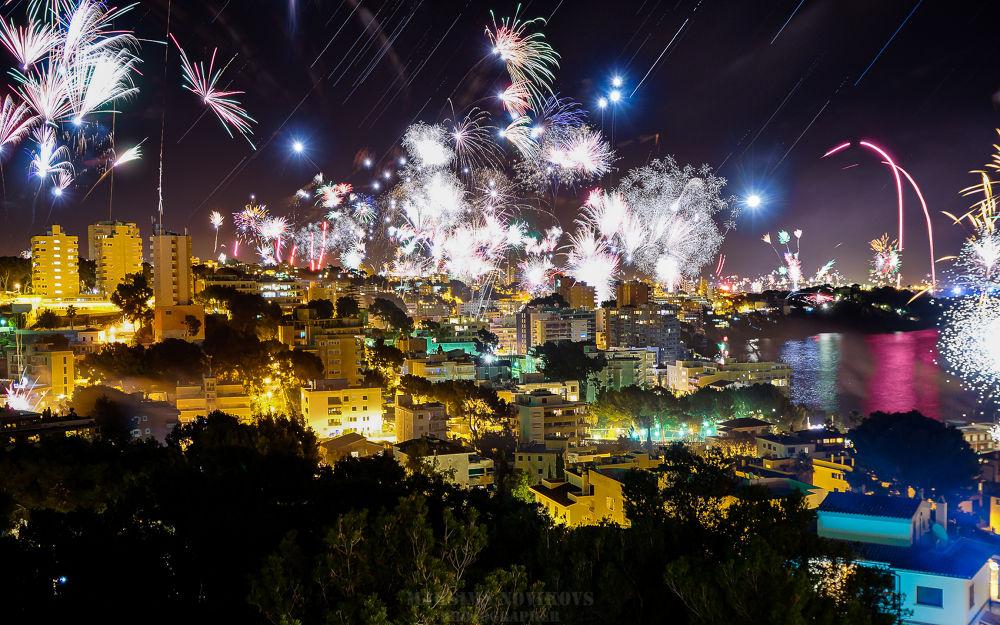 Del 31 de deciembre al 1 de enero del 2014, Cala Mayor, Mallorca by Maksims Novikovs