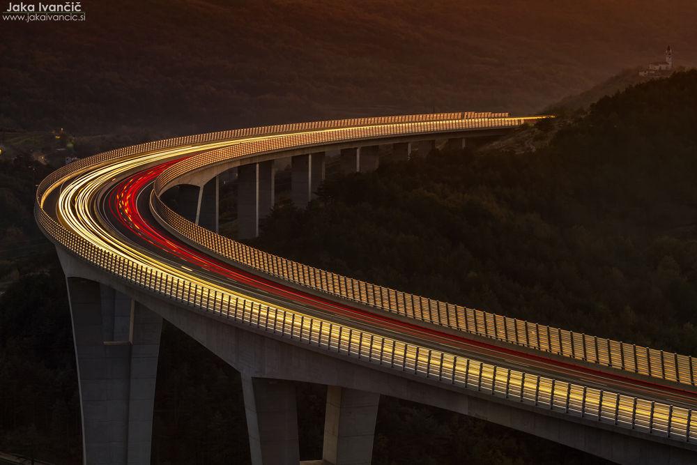Viadukt Črni Kal by Jaka Ivančič