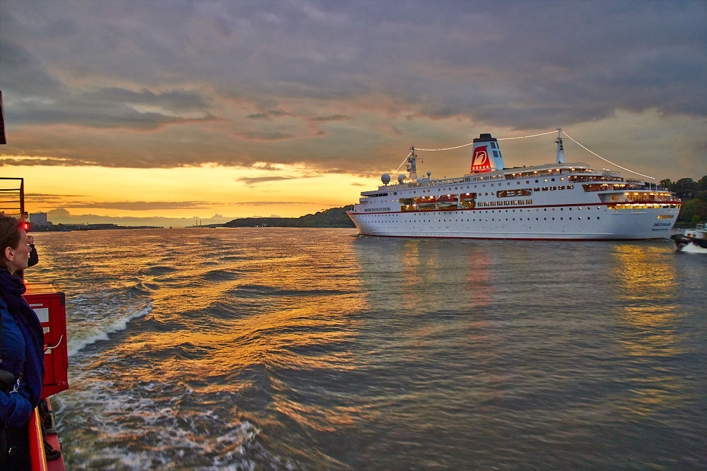 Deutschland Cruise Ship by stefanfpoli