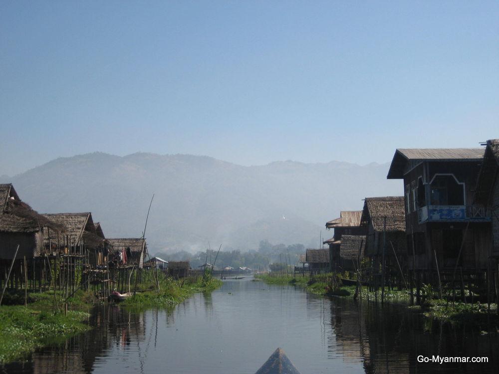 Maing Thauk village, Inle Lake by Go-Myanmar.com