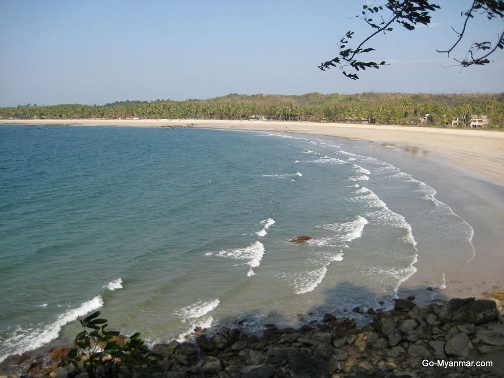 Ngwe Saung beach, Irrawaddy Division by Go-Myanmar.com