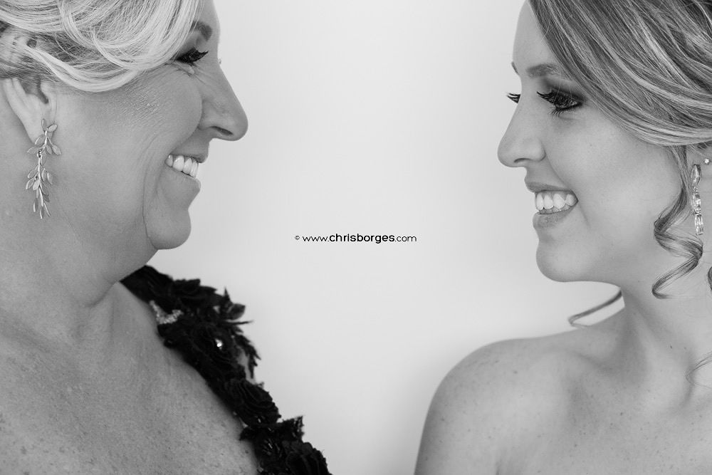 Mom and daughter by Chris Borges | Love Photography