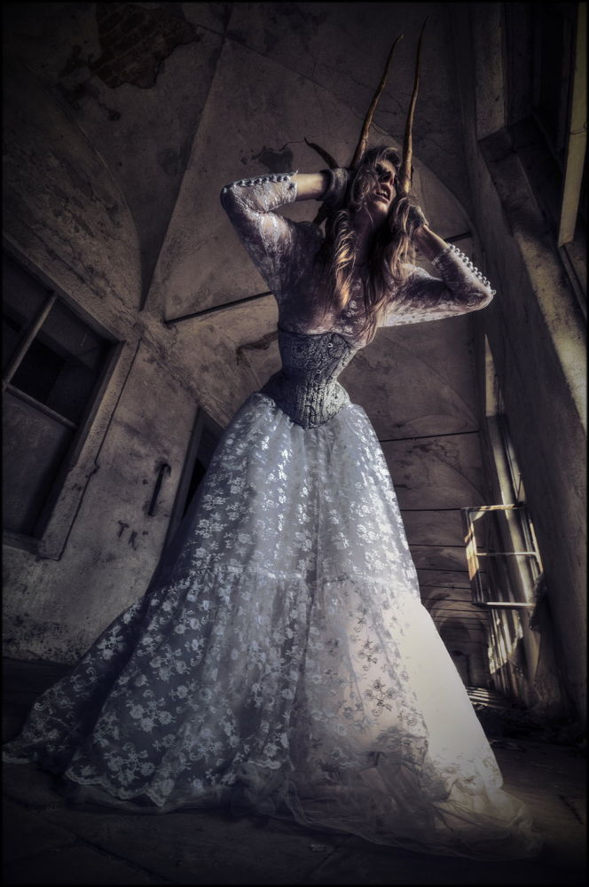Abandoned & Fashion by themackbet