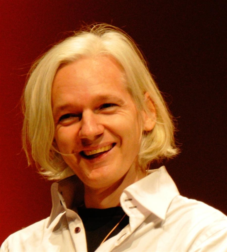 Photo in Random #julian #assange