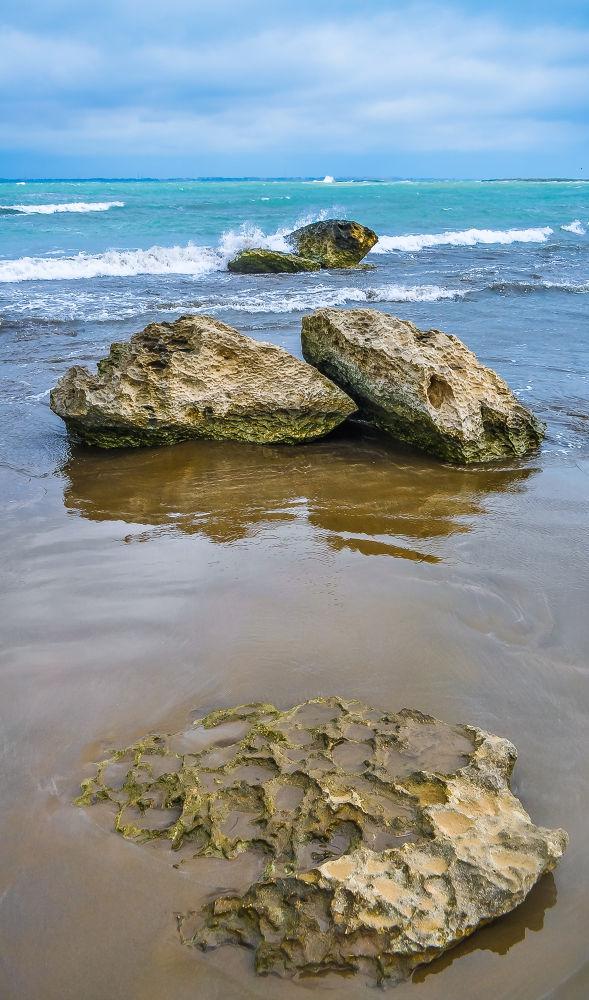 Stones in water by Faik Nagiyev