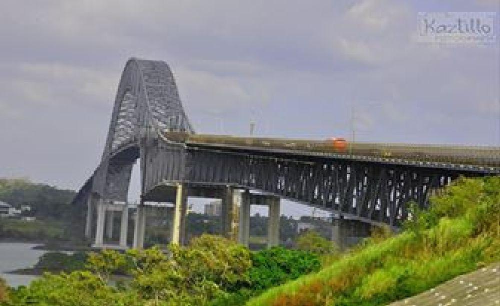 Puente las Américas  by Kaztillo Fotografía