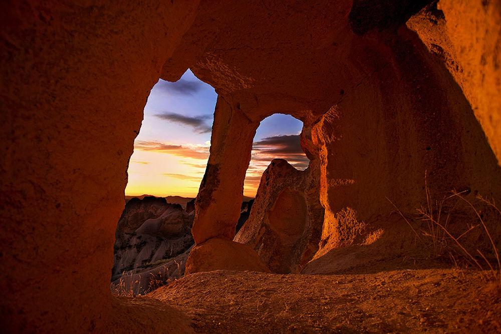 Red Cave by jeffsurianto