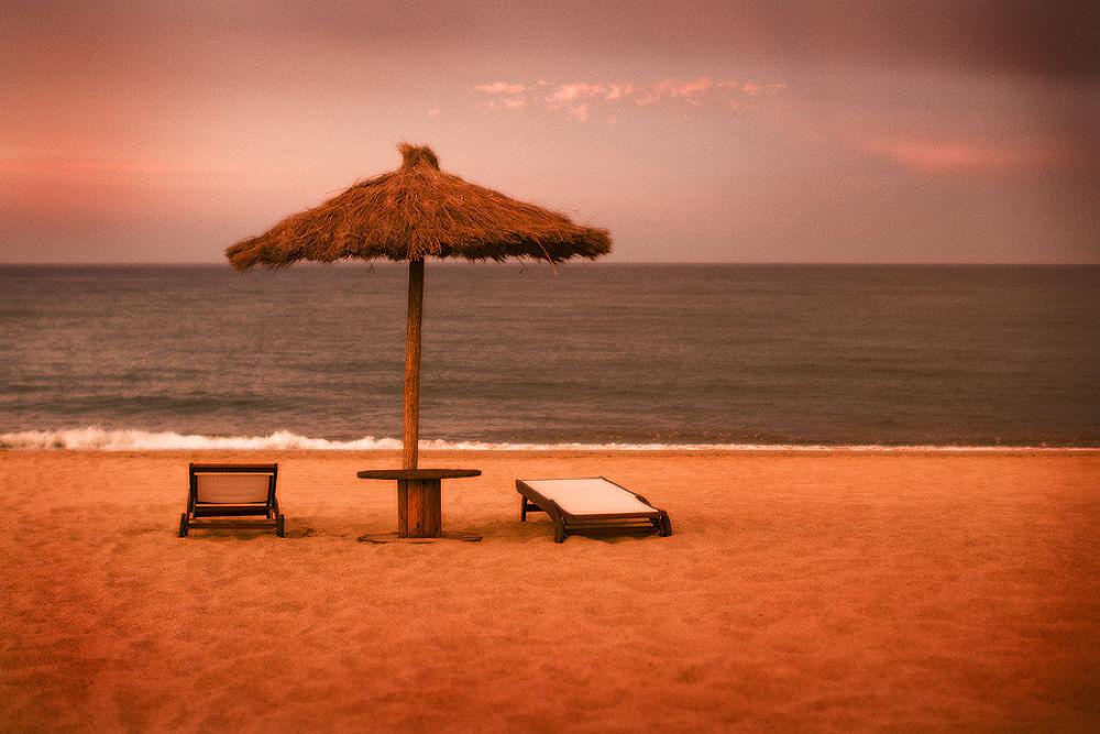 Seaside property by davehare