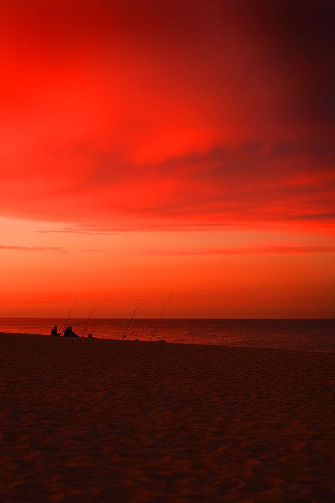 Seaside sunset by davehare