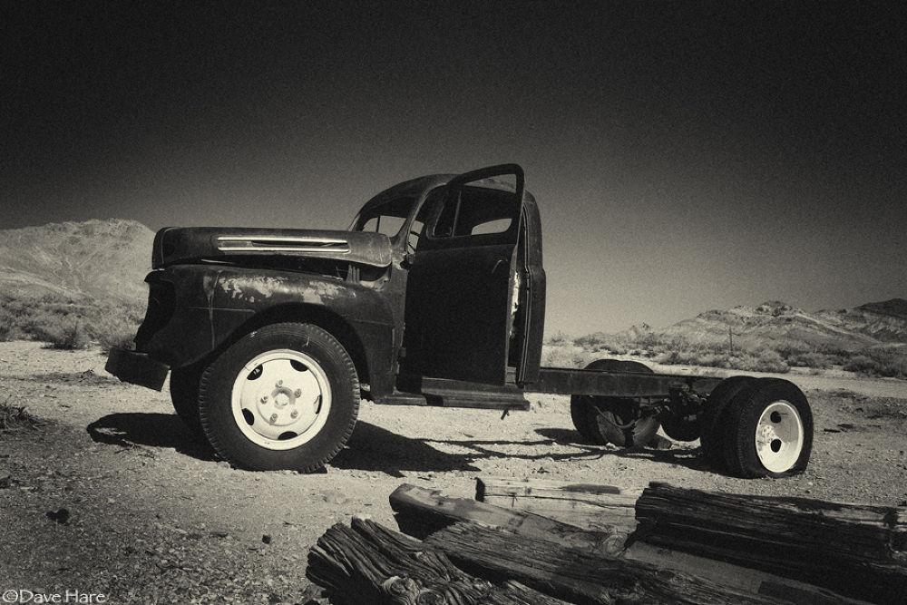 Derelict truck. by davehare