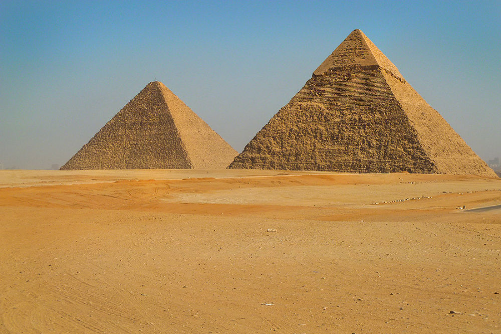 The Great Pyramids. by davehare