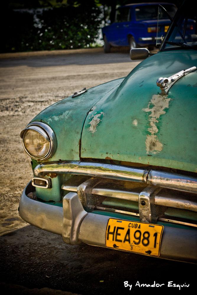 Cuba - old car by Amadoresquiu