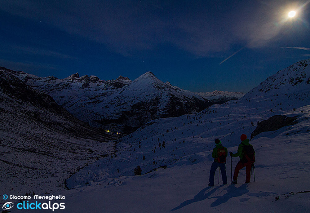 Photo in Landscape #night #notte #luna #moon #alps #mountains #montagna
