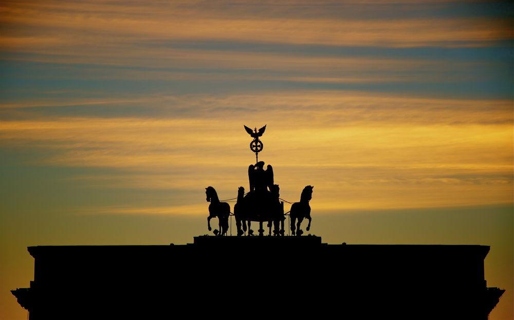 Brandenburg Gate  by geokalo