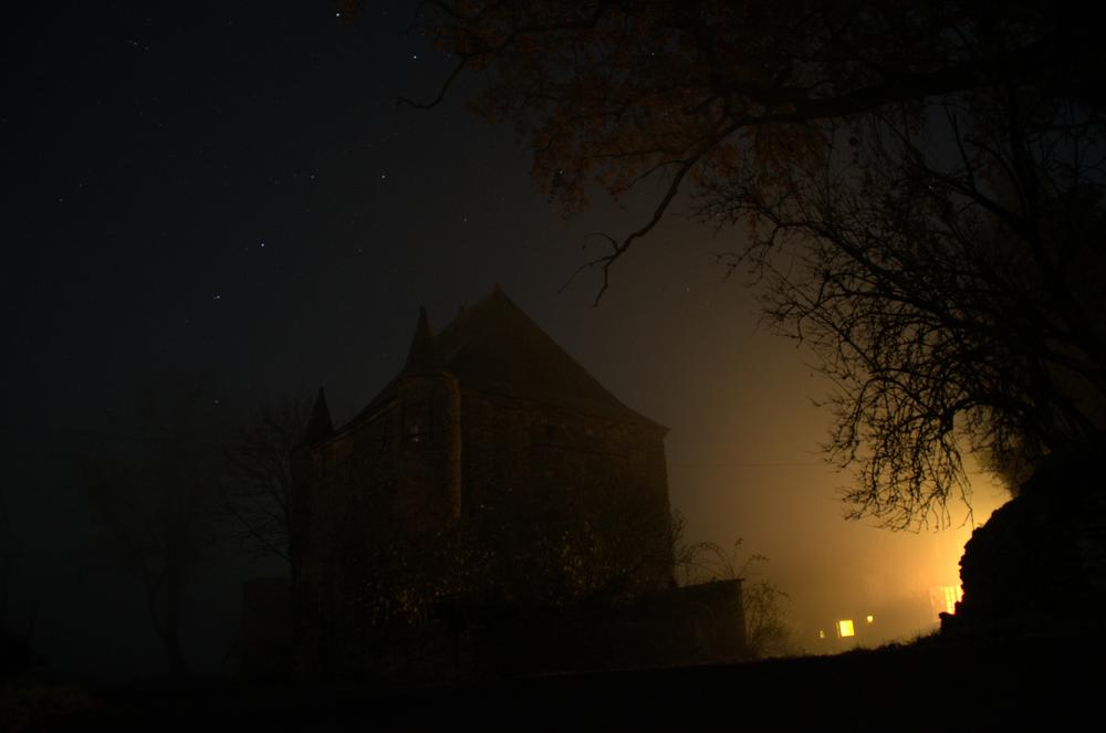 Foggy night at the manor - http://la-cour-des-aulnays.wix.com/accueil by Geneviève Karlsson