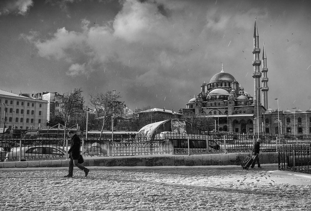 istanbul winter by mustafa yağcı