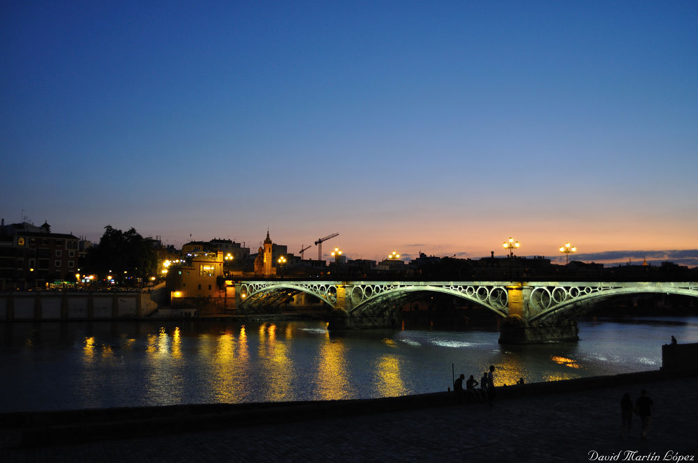 Triana bridge - Sevilla by davidmartinlopez
