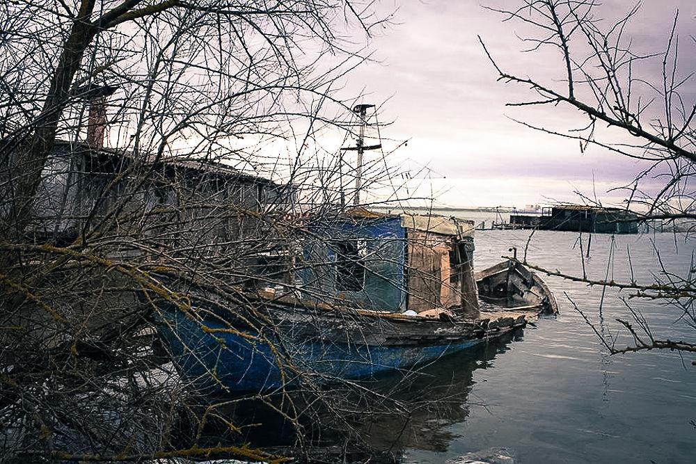 fishboat by giuseppestronati