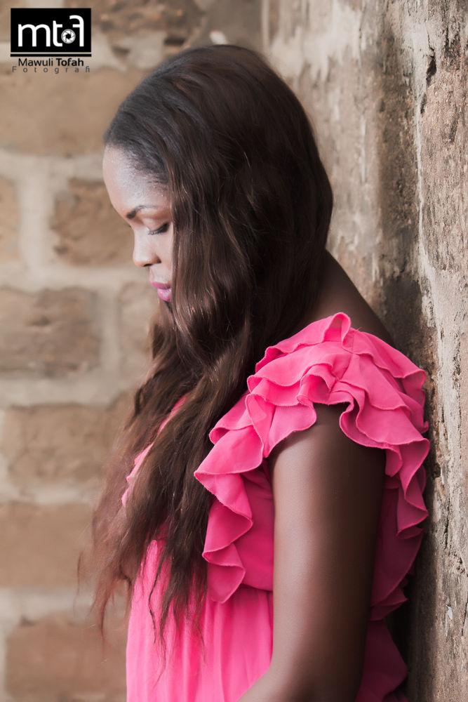 Pensive Mood by mawulitofah