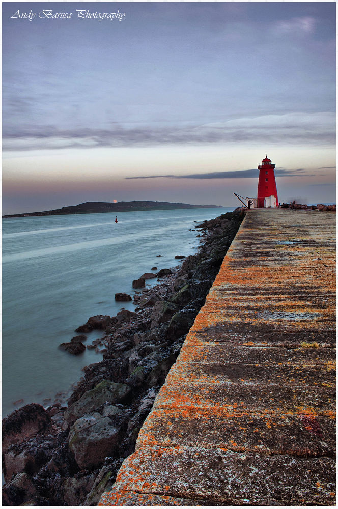 poolbeg lighthouse by baarisa