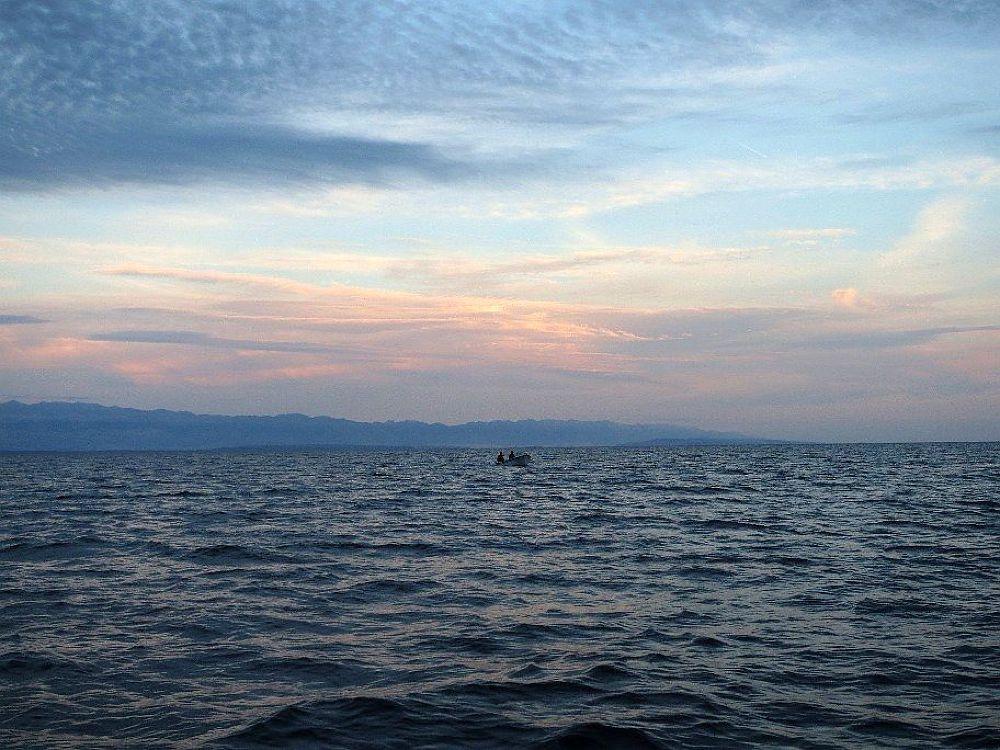 Ribar na moru (Fisherman on the sea) by novoime2010