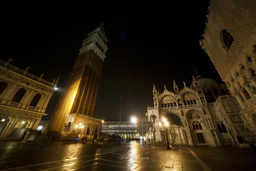 Rainy day in Venezia by Jo han Kim