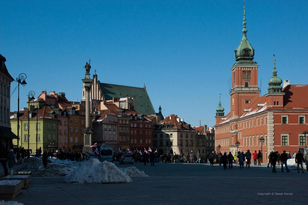 Castle Square in Warsaw by Pawel Gerula