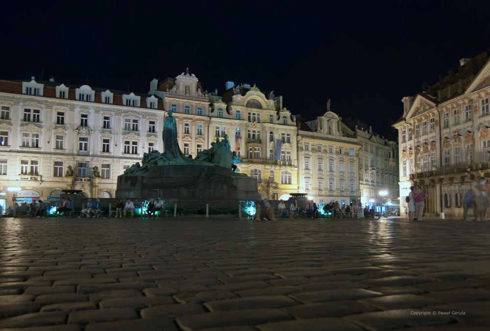 Old Town Square Praha by Pawel Gerula