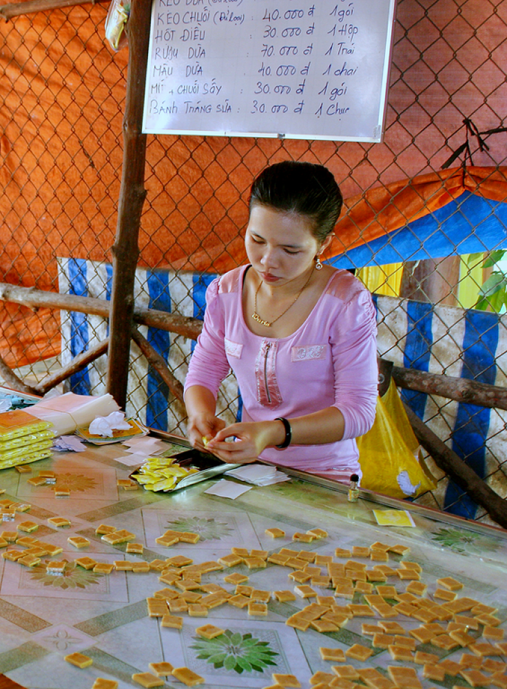 IMG_6997 - Women at work by jainmahmud