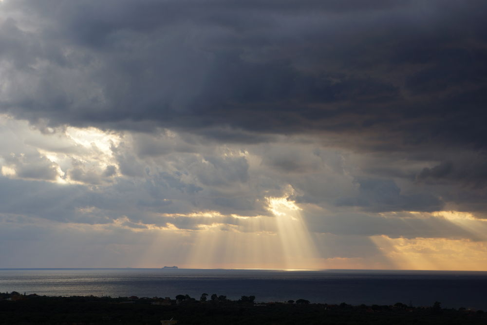 Storm is coming... by Konstantin