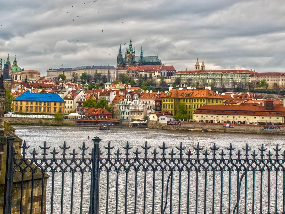 Praga by Frank Faro