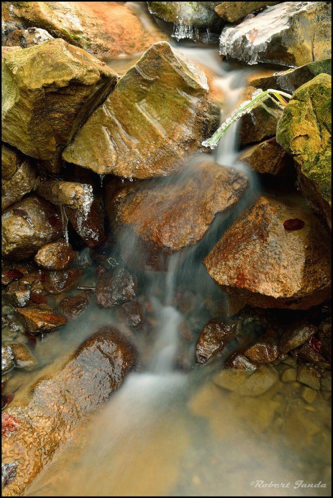 Small waterfall by robertjanda12