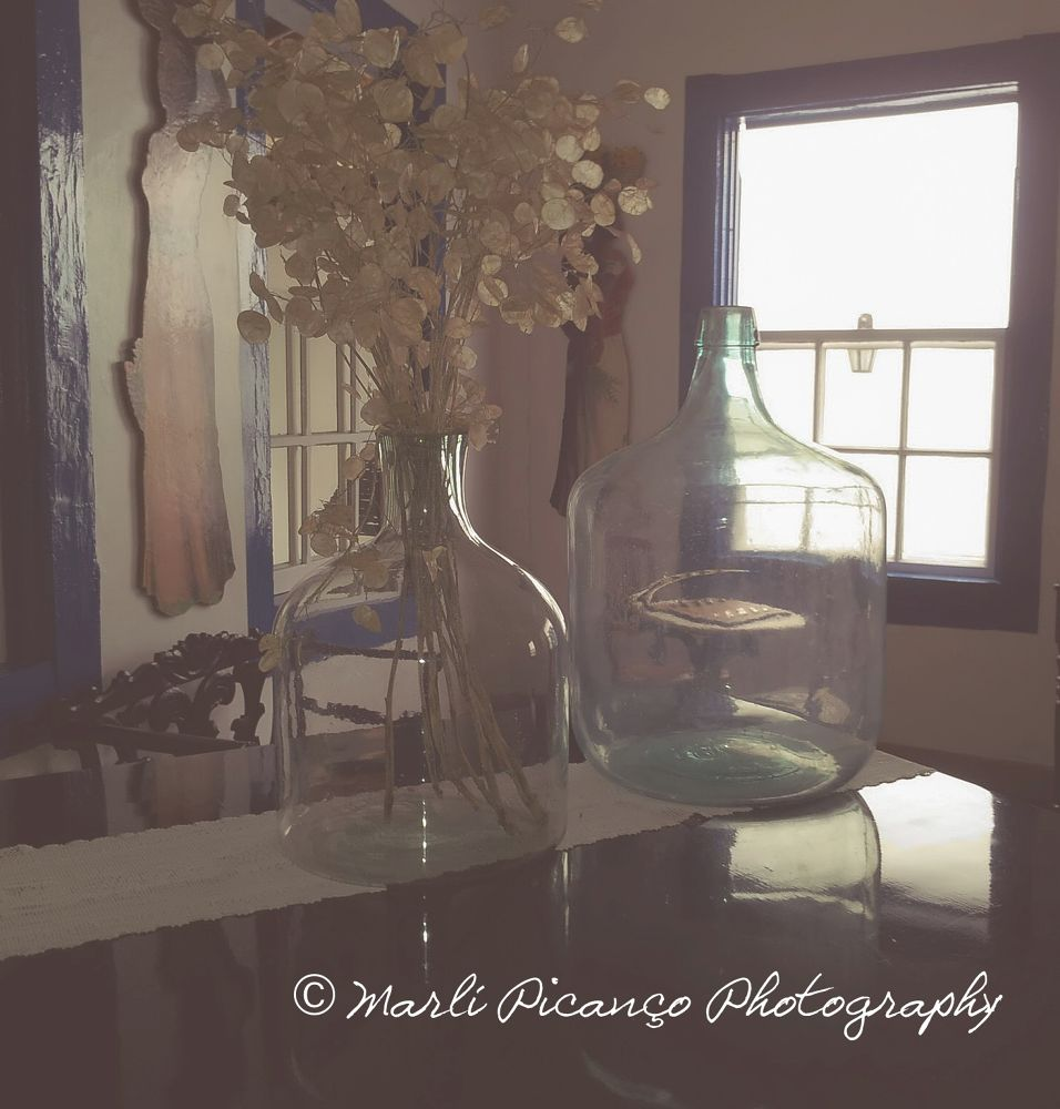 Glass bottles by marlipicanco