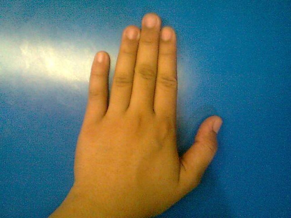Filipina Hand by Lee Ann Grace Luces