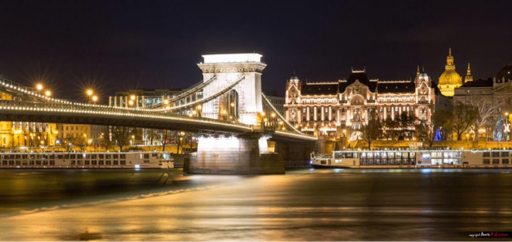 Budapest Light by Danilo Di Giovanni