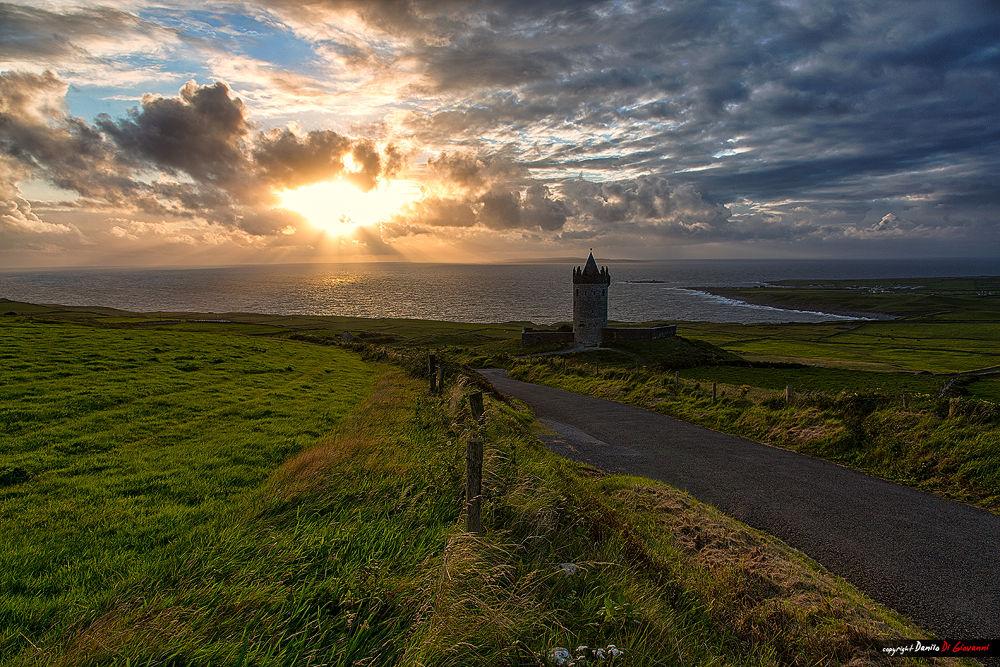 Photo in Landscape #irish #sunset #sunrise #sunshine #dusk #dragan #people #hdr #street #city #irlanda #ireland #sky #sun #clouds #storm #sea #canon #nikon