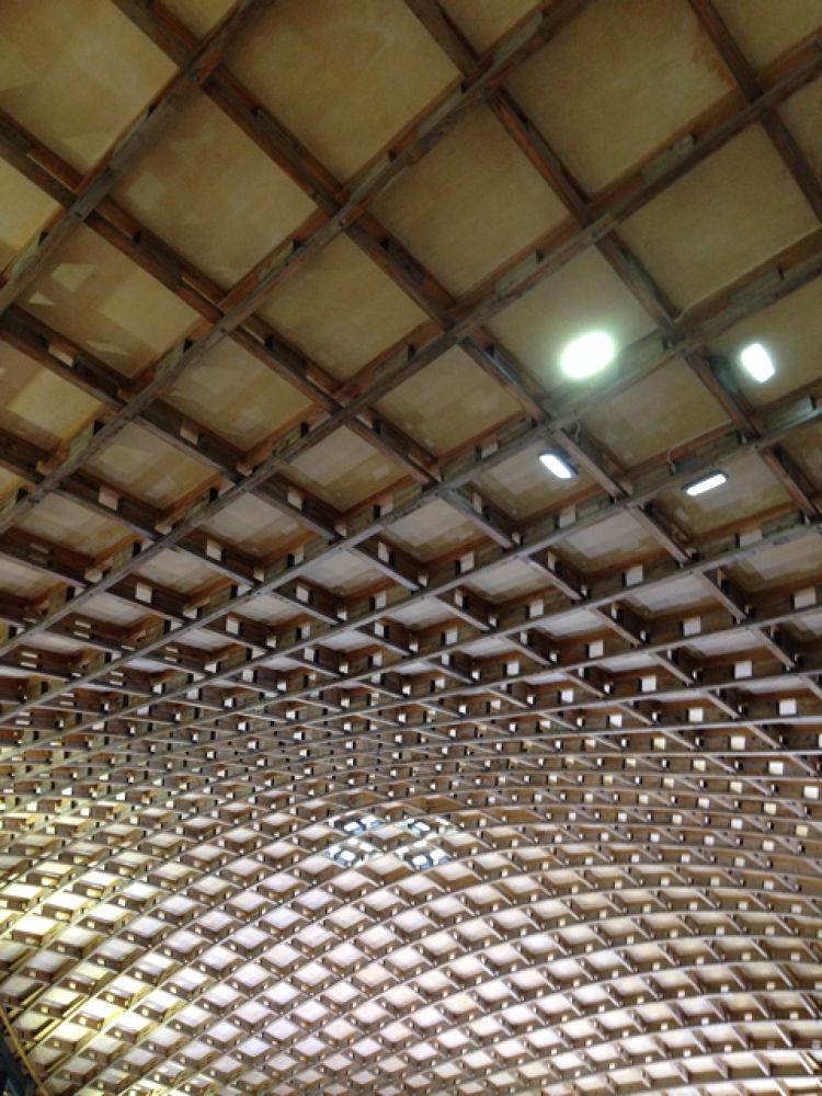 ceiling at savill garden building by Chubnut