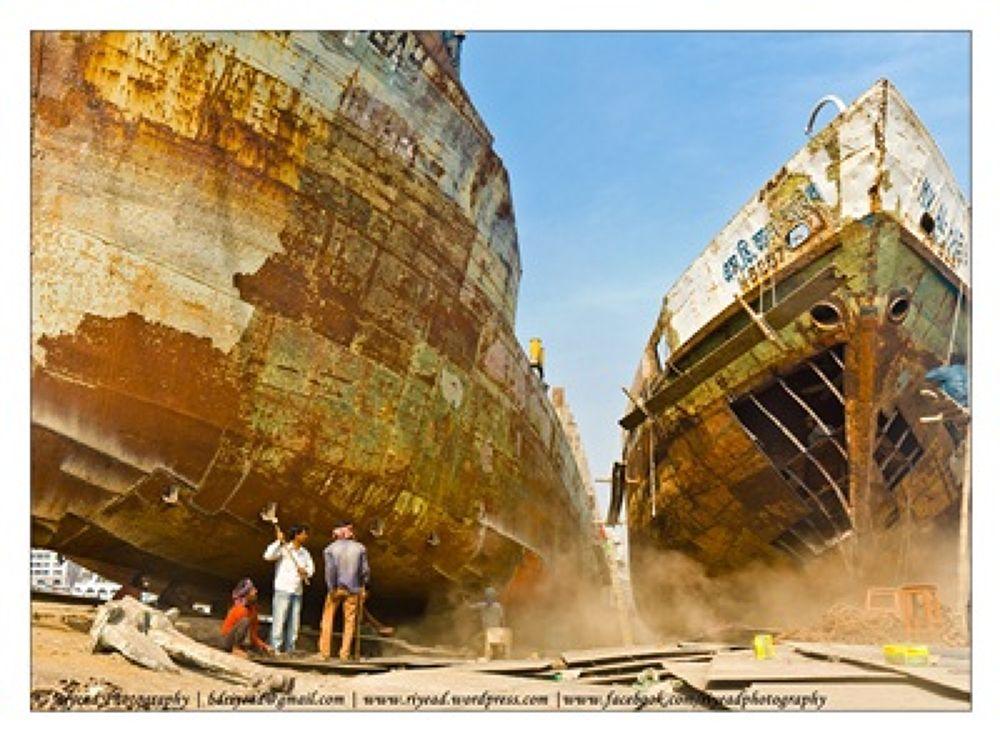 Under constructions Ship, Ship Building work station , Dhaka ,Bangladesh. by Riyead Mahmud