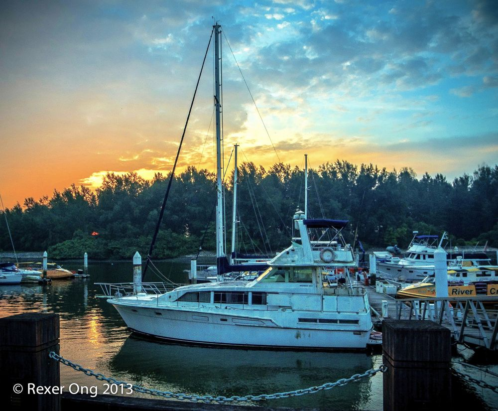 Sunset Marina by rexerong