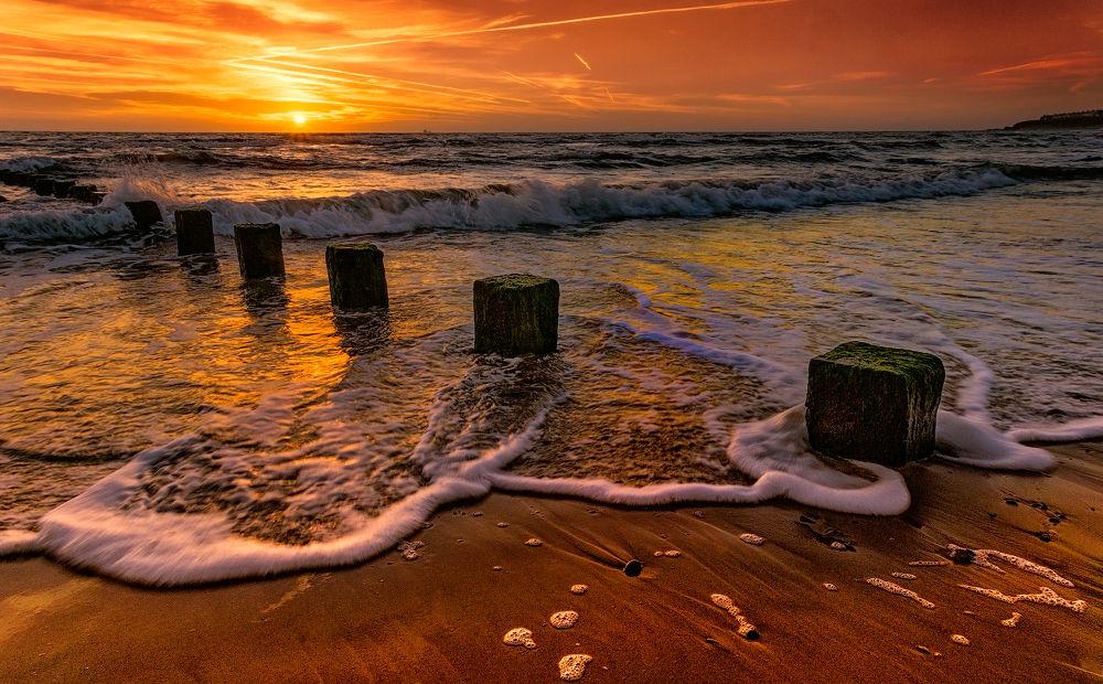 dawn by Ray Bilcliff