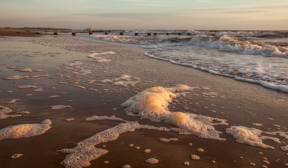 beach-9 by Ray Bilcliff