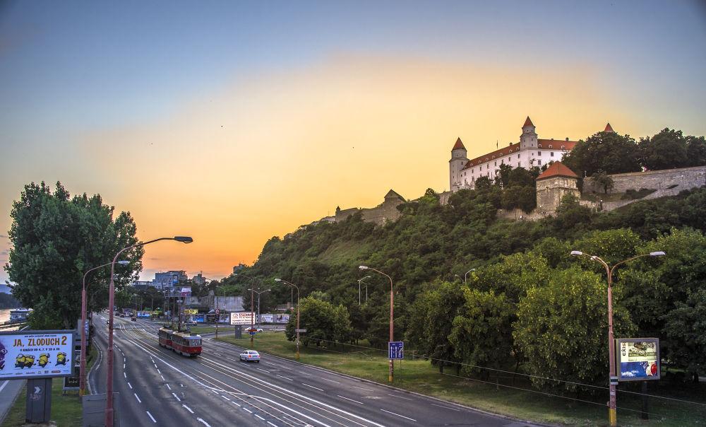 Sunset & Bratislava Castle  by Nits
