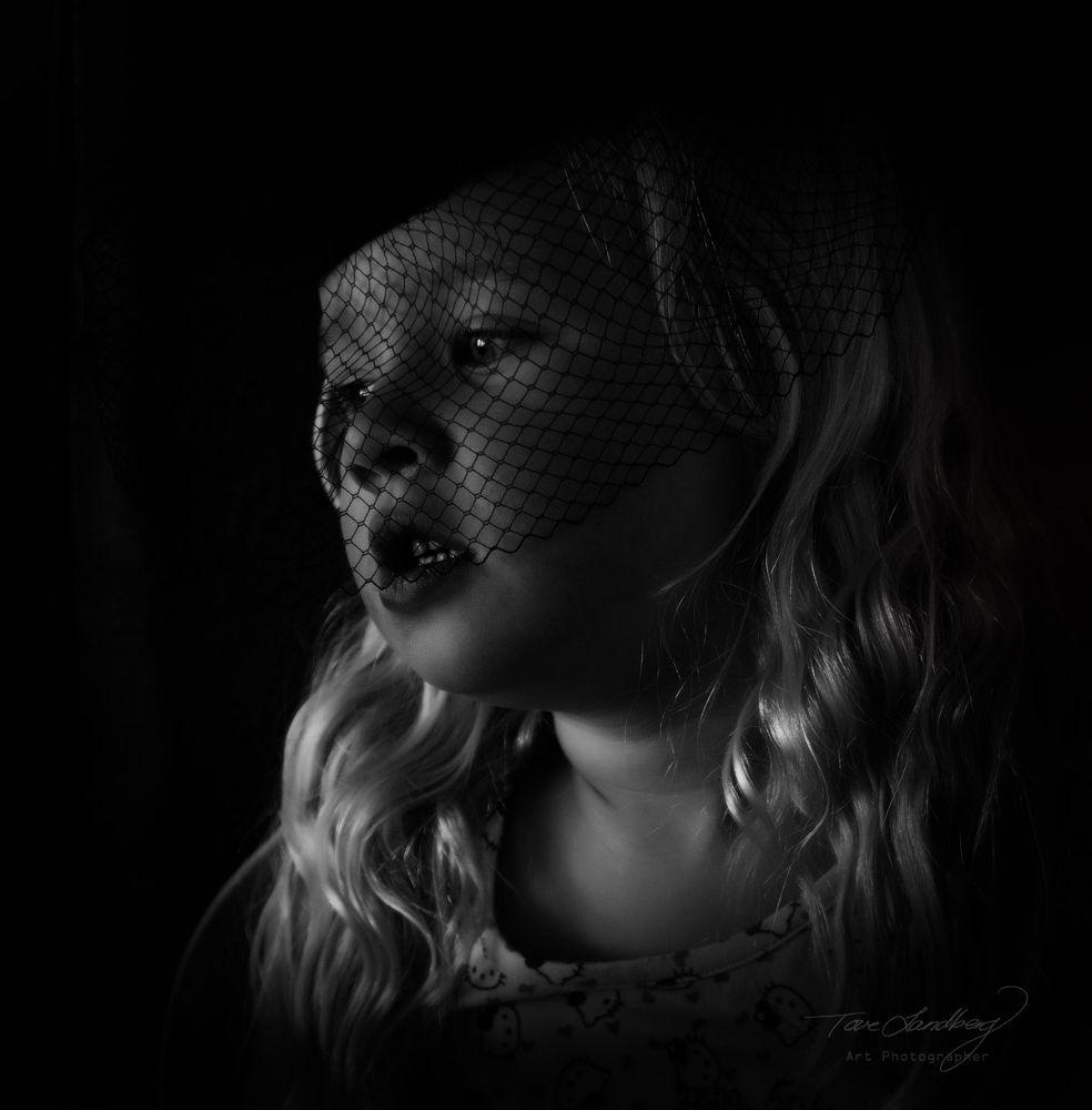Girl by tovelandberg3