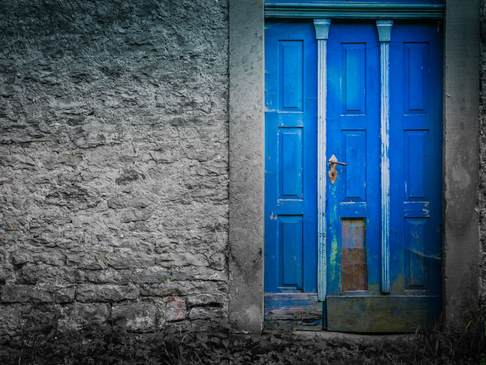 Photo in Street Photography #door #colorkey #bad wimpfen #germany #olympus e-pl3 #lightroom