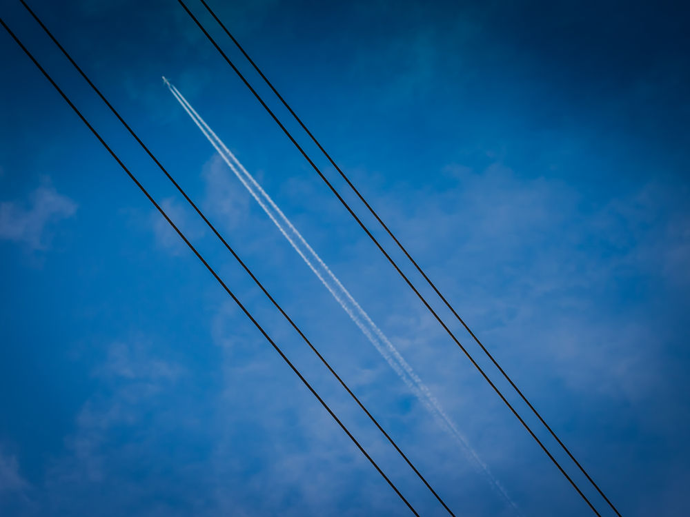 air-line by Oliver Penack