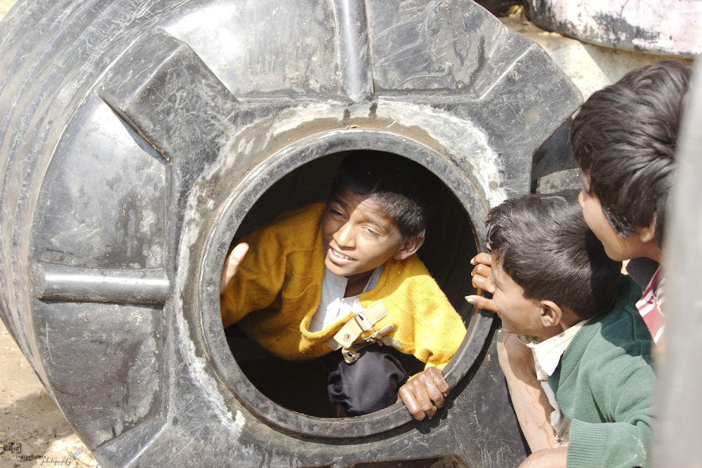 Kids at work_IMG_8364 A by Indresh Gupta