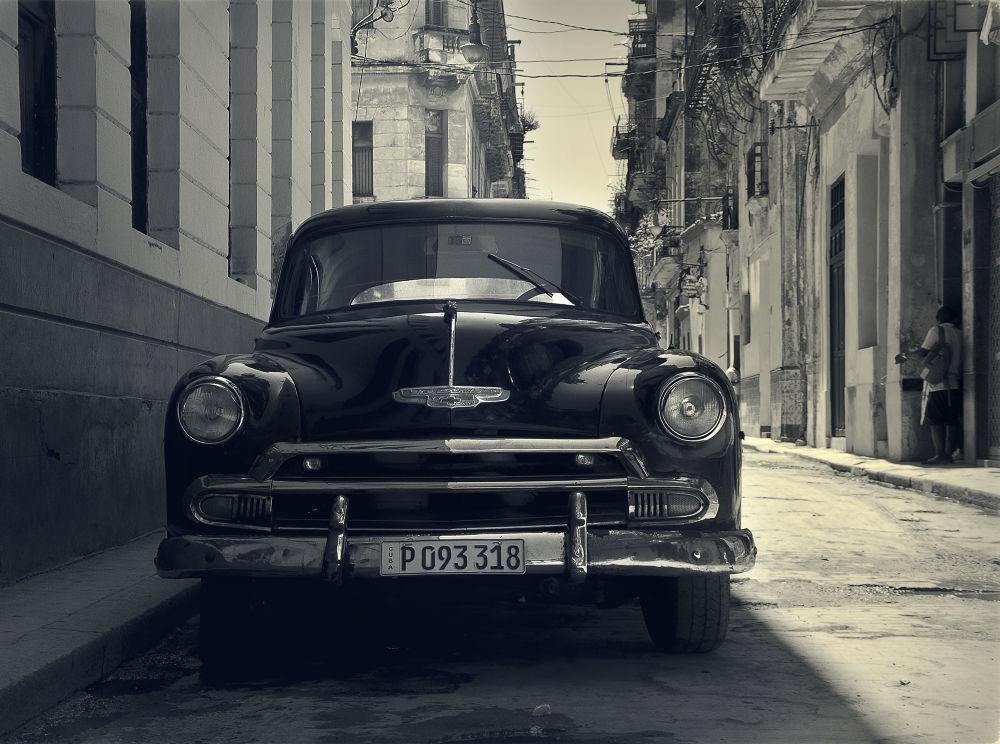 Cuba 23 by Marco Hidalgo