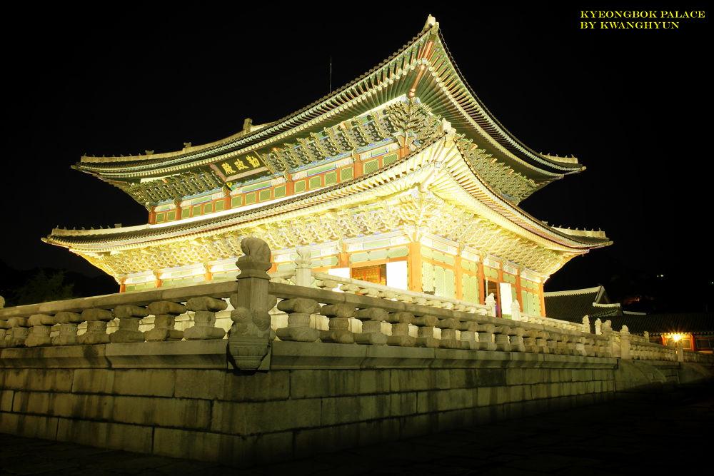 Royal Palace by visbimmer79