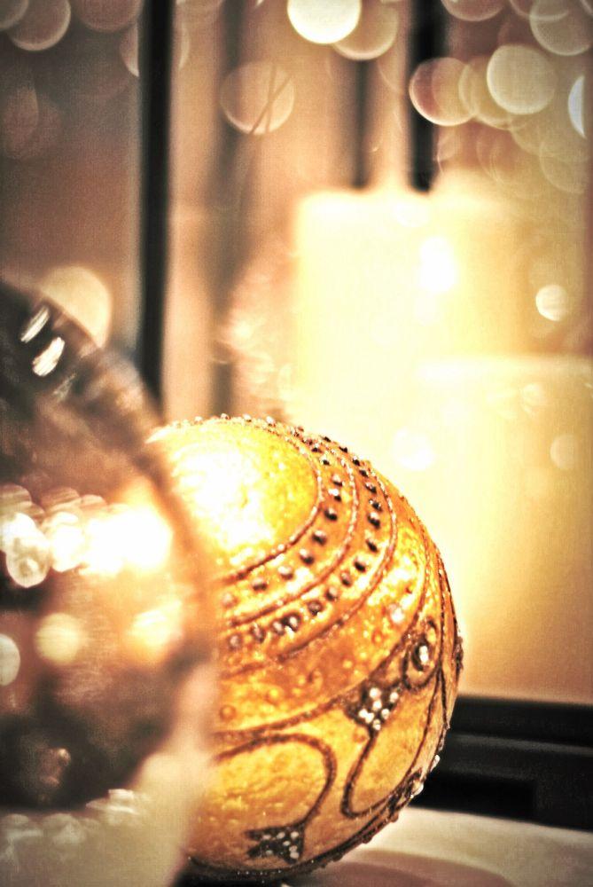 Golden ball  by Nuha _Khaled